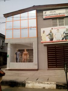 Lagos is a fashion forward city,even the mannequins can agree to that. :-)